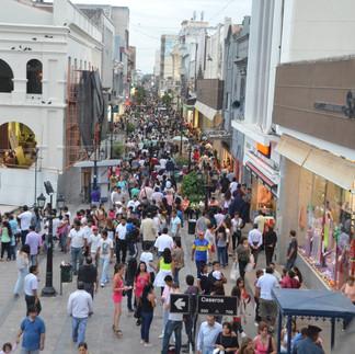 Hay 344 locales vacíos en el microcentro y centros comerciales