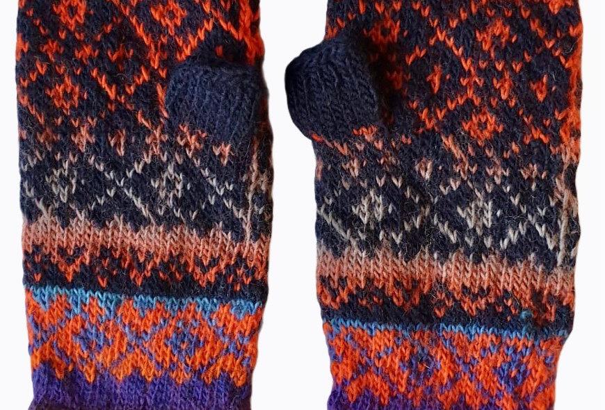 Woollen Fingerless Mittens Style B
