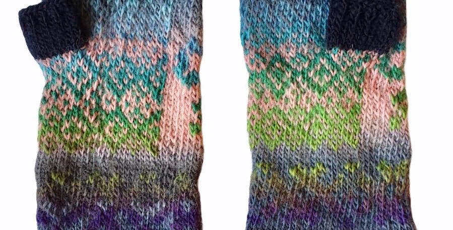 Woollen Fingerless Mittens Style D