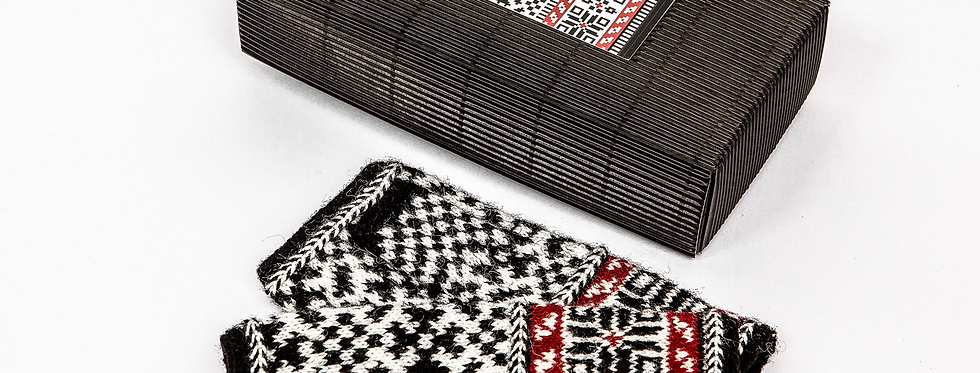 KRUSTPILS  - Fingerless Mitten Knitting Kit