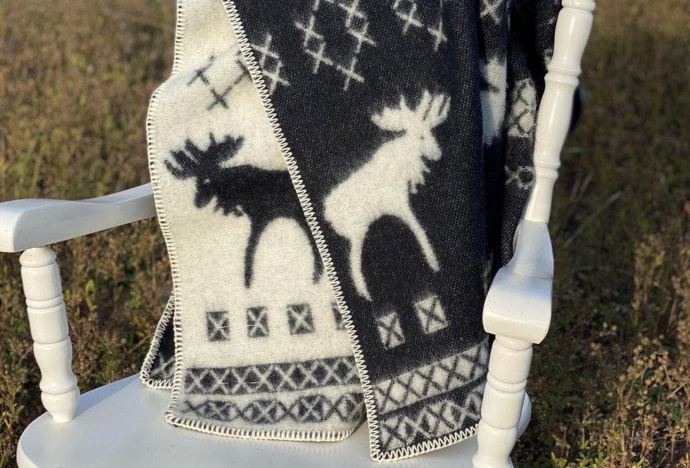 Nordic Reindeer Woollen Throw Blanket