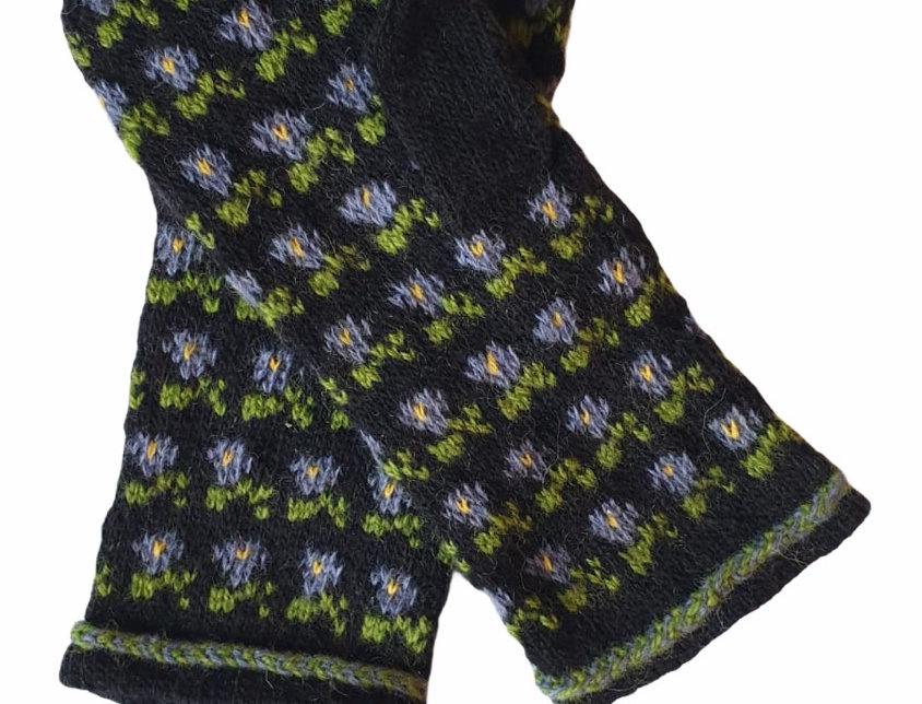 Woollen Mittens Style A