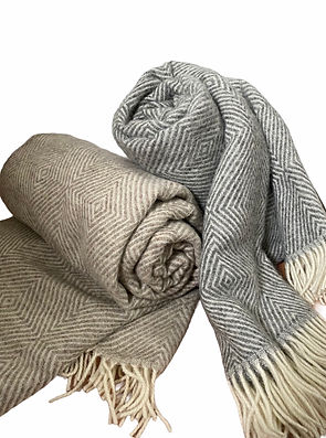 Nord Haus throw rugs and accessories.  Woollen throw rugs.  100% wool.  Buy Baltic goods online.  Scandinavian goods and homewares online.  Homewares online.  Mothers Day present.