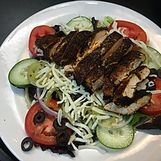 BLACKENED CHICKEN AND PEPPER SALAD