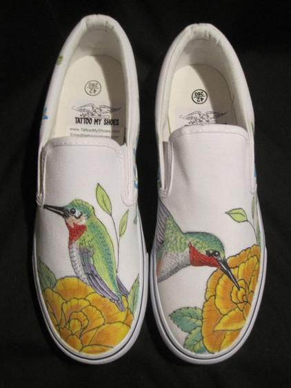 Hummingbirds (2).JPG