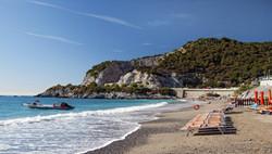 bergeggi-borgo-spiaggia