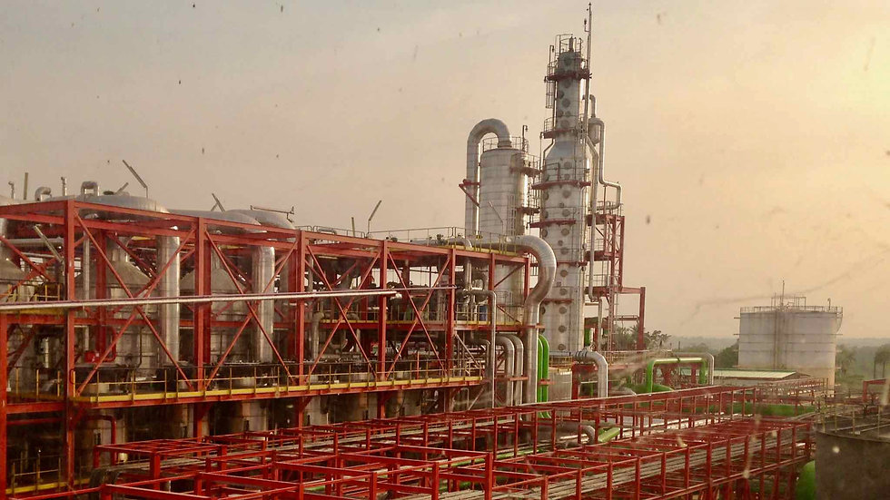 A Sunbird Bioenergy biorefinery that produces renewable fuel and renewable energy that reduces green house gas emissions, including carbon dioxide, by up to 80%