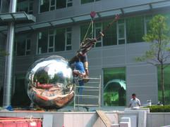 맨발의 청춘, 2003, 설치 과정, 광화문