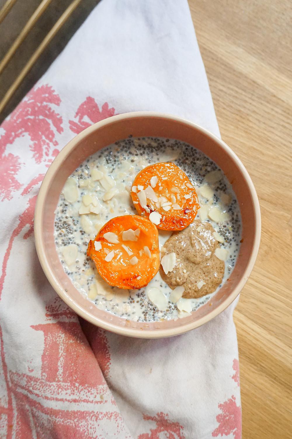 Mon porridge froid à l'abricot rôti
