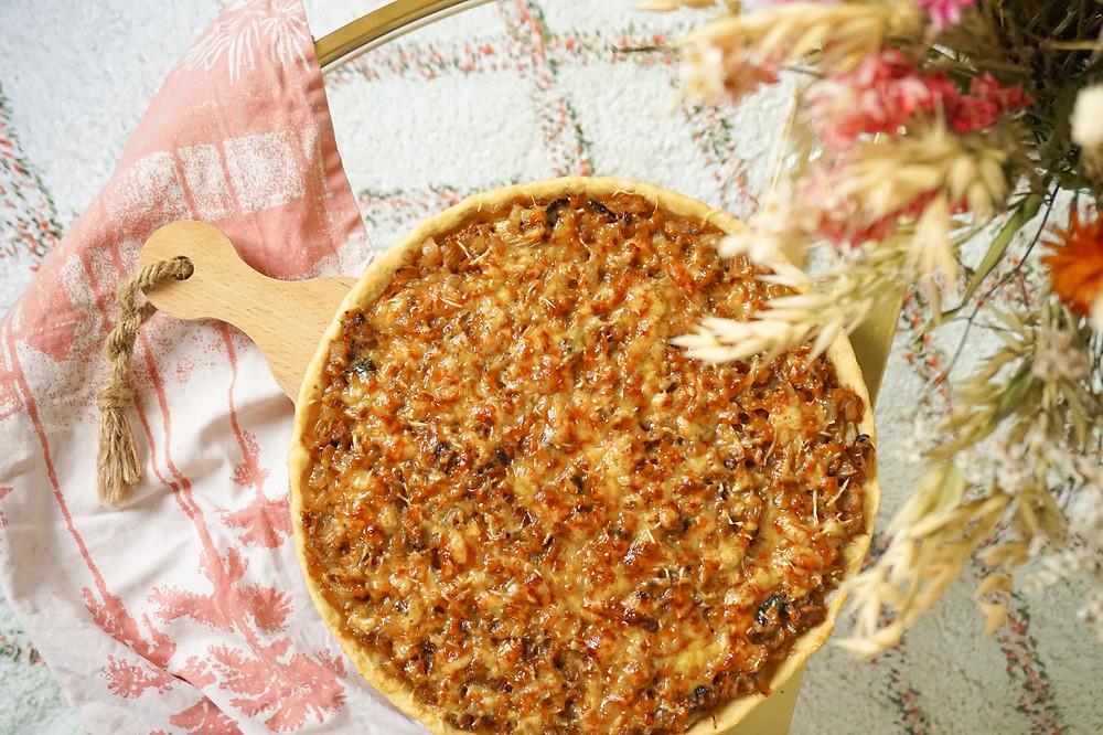 tarte aux oignons et moutarde à l'ancienne