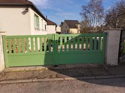 portail  alu  vert  pale.jpg