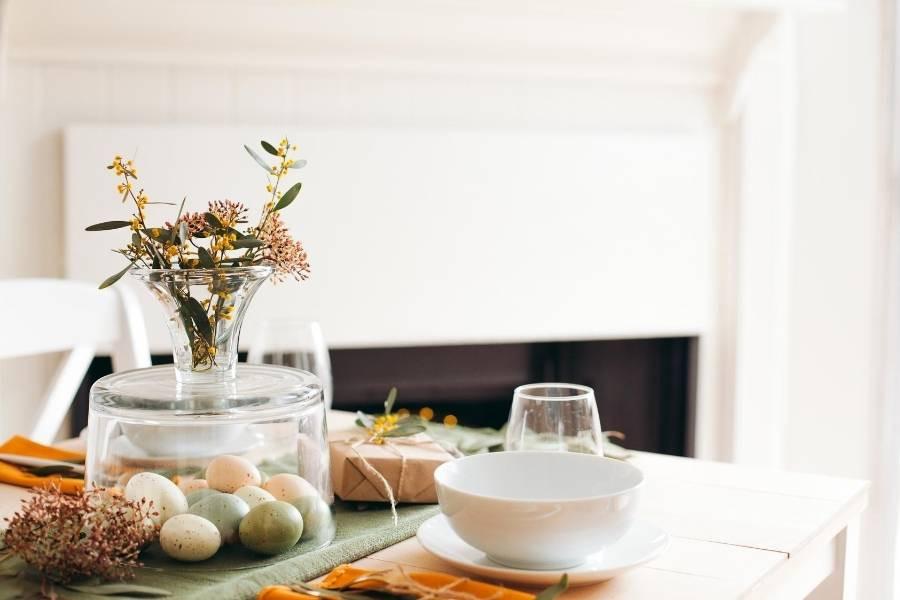 decoracion de comedor con flores y servilletas