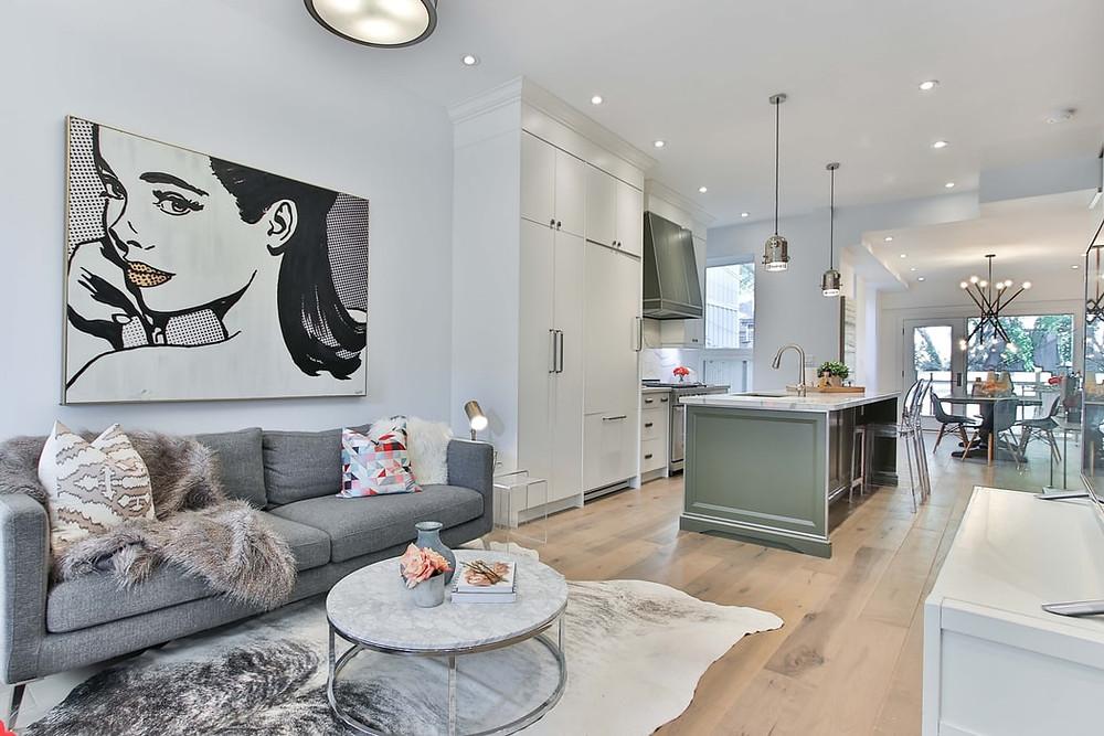 open floor minimalist living room kitchen and dinning room