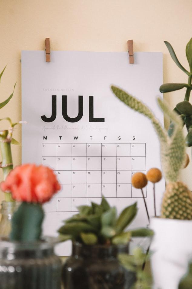 minimalist big calendar monthly planner