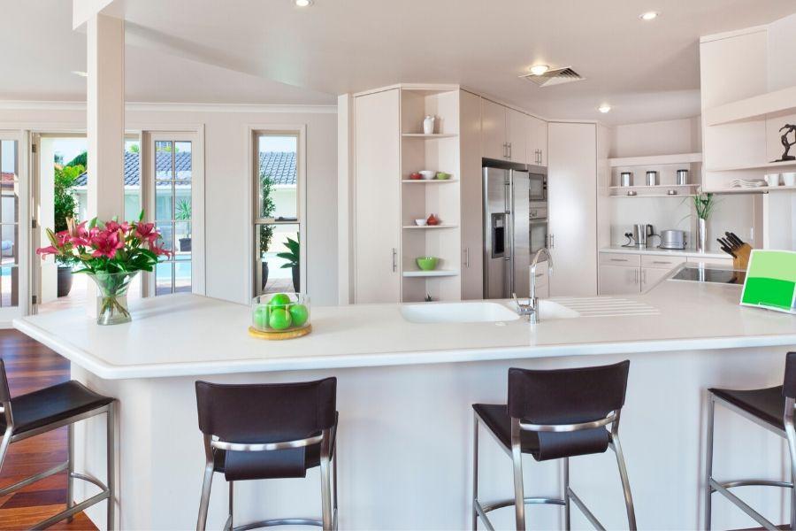 minimalist kitchen for big family all white
