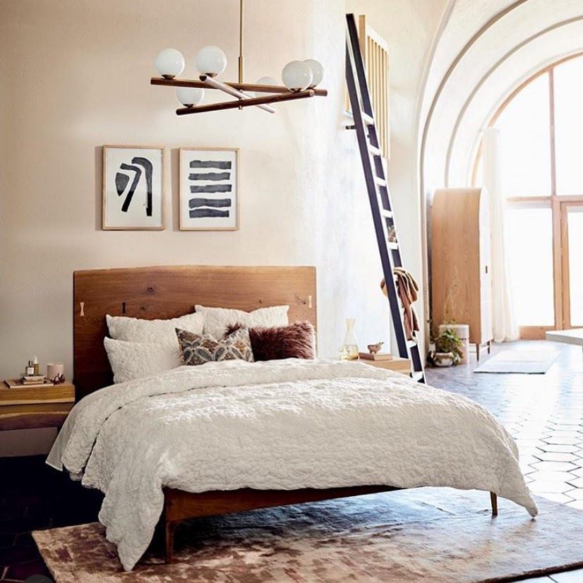 minimalist boho bedroom decor wood