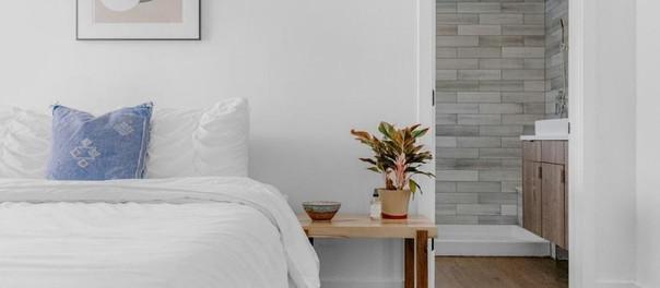 Deja de cometer estos errores al decorar tu cama