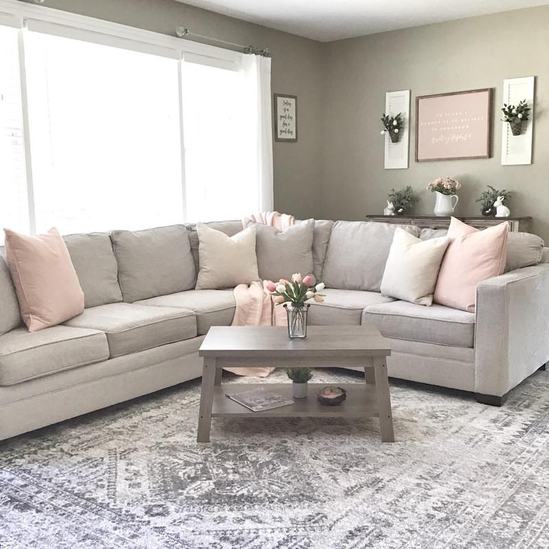 minimalist cozy cream living room
