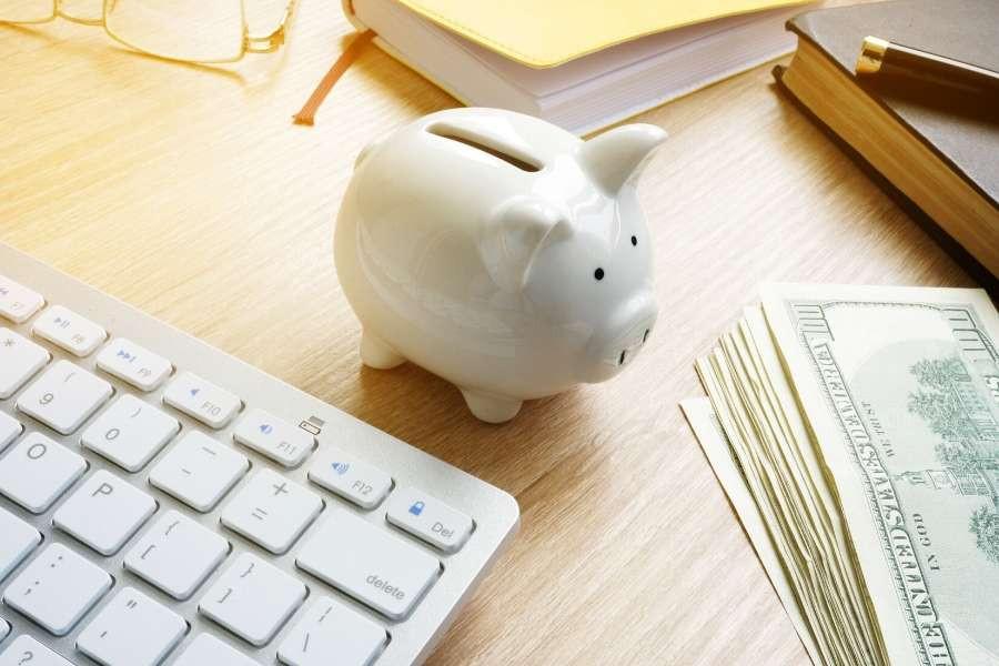 saving money frugal minimalist tips