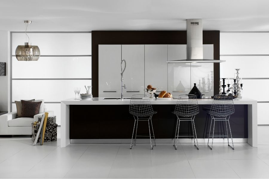 minimalist kitchen in black and white