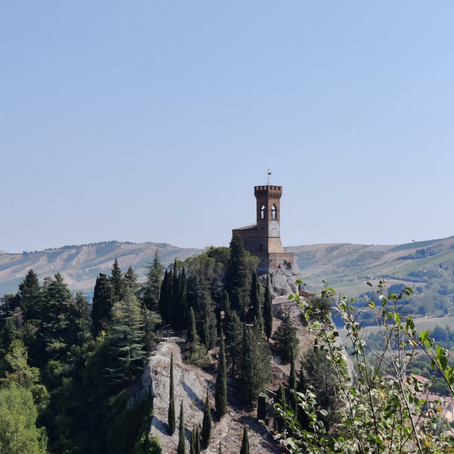 Brisighella, tra Firenze e Ravenna