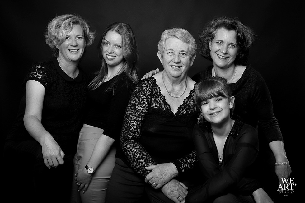 studio blois 41 photographe loir et cher photo portrait famille.jpg