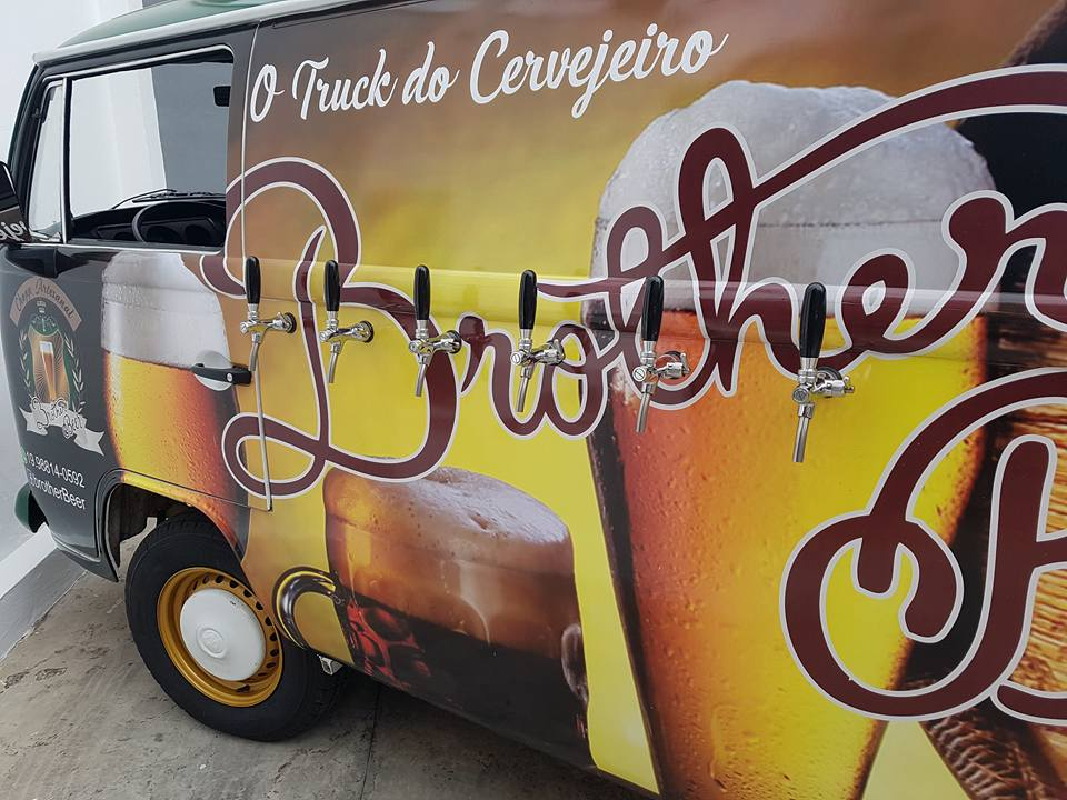 Beer truck brothers (1)