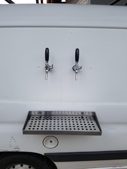 Chopeira beer truck peugeot (6)