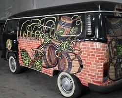 Beer truck 6 vias