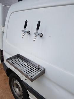 Chopeira beer truck peugeot (7)