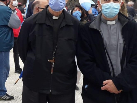 Marcha por la VIDA 28 de noviembre de 2020 Cardenal Mario Aurelio Poli y Padre Andrés Tello Cornejo
