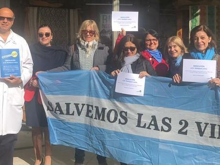 Casa de Río Negro de CABA: se entregaron 50.000 firmas pidiendo la absolución de L. Rodriguez Lastra