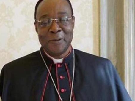 Nos unimos en oración y en cada Eucaristía por la salud de Mons. Kalenga Bradikelebe