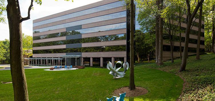 3160 Fairview Park Dr., Falls Church, VA