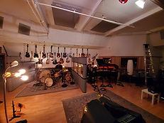 duo big room.jpg