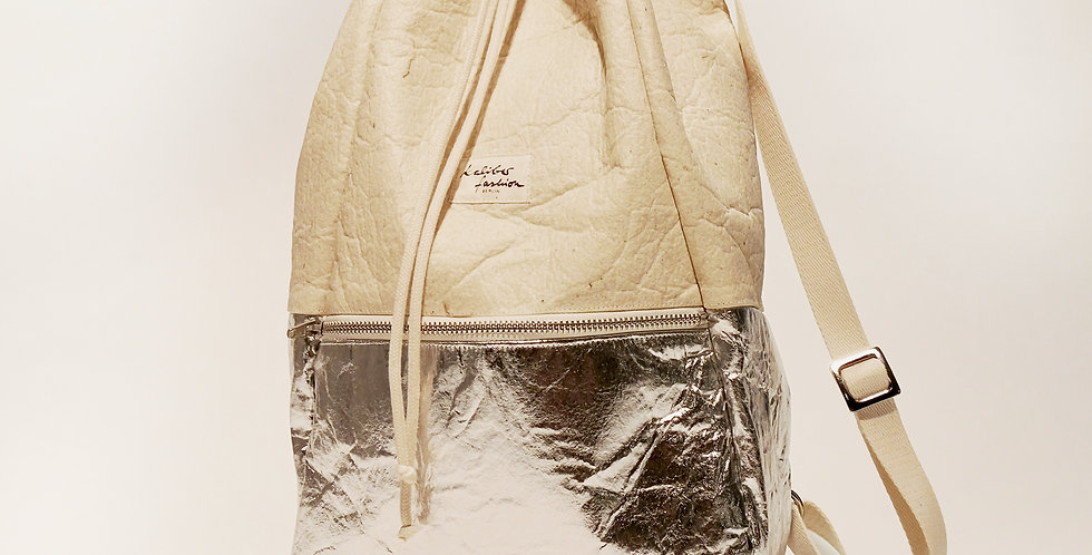 "backpack ""SPIRIT"" natural silver /pinatex©"