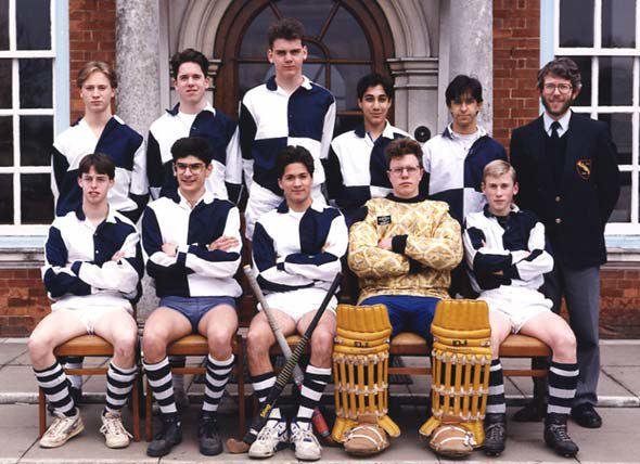 sch2ndhockey1992.jpg