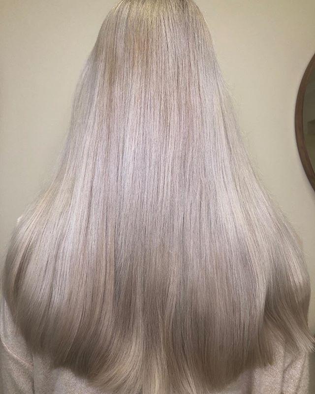 Oživení blond vlasů tón v tónu ⚖️ Dlouhé
