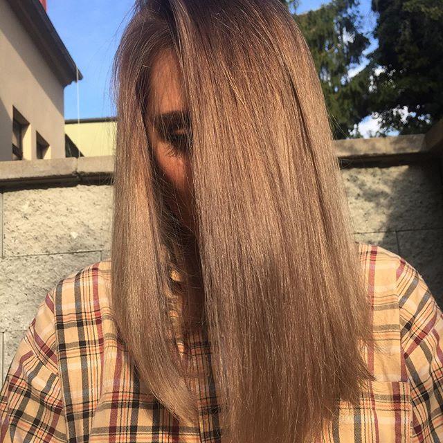 Stínování vlasů pro přirozený odrost můž