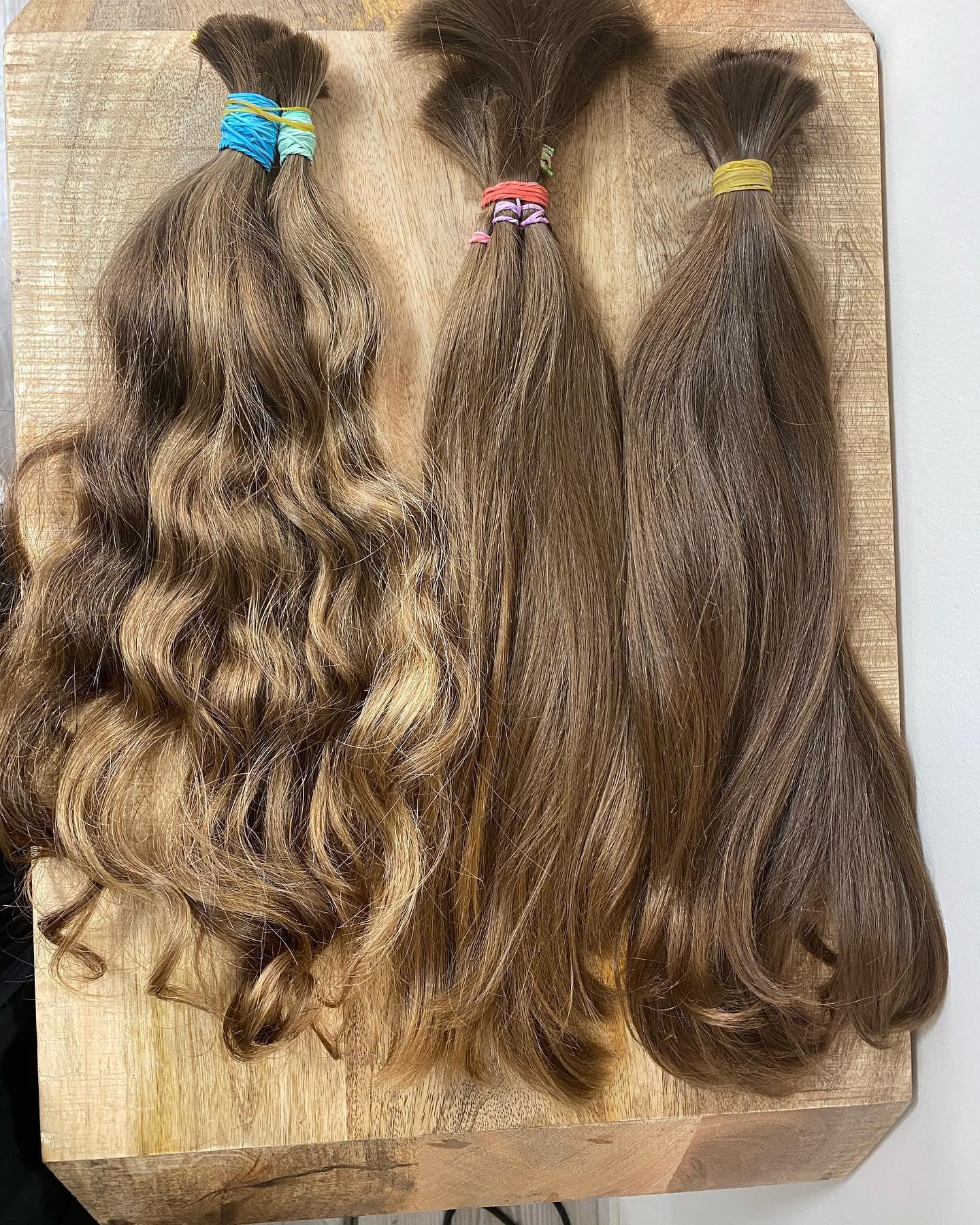 Naše české vlasy z vlastního výkupu