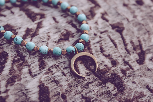 Mondsichel Perlenkette