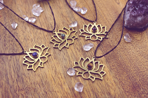 Lotus - Kette - Ahyoka