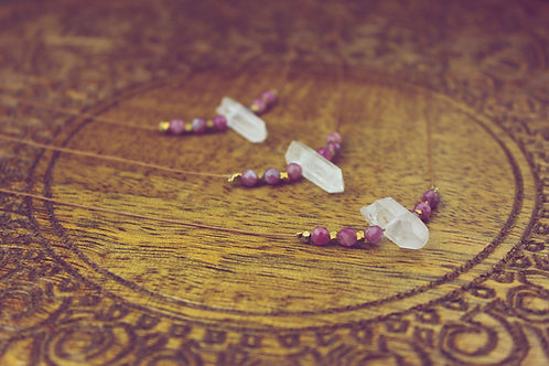 Alo - Bergkristall - Kette mit rosa Turmalin