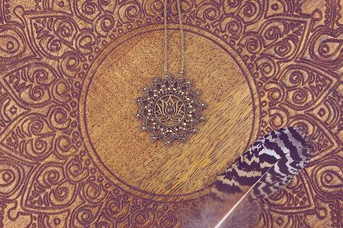 Mandala - Amulett Lotus Blüte Tiegerauge