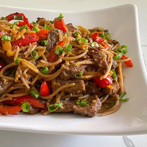 Garlic Noodles With Beef