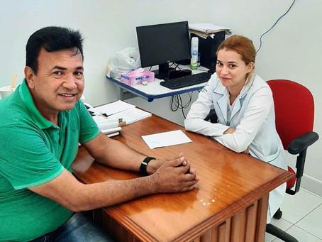 Vereador Pedro Cláver visita Unidades de Saúde em Tarauacá