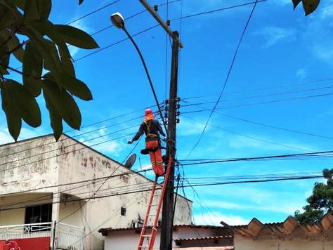 Prefeitura intensifica manutenção da iluminação pública em Tarauacá
