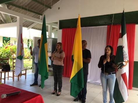 PREFEITA MARILETE ACOMPANHA HORA CÍVICA NA ESCOLA ADELMAR DE OLIVEIRA