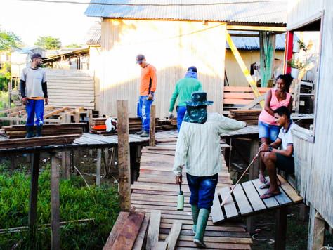 Prefeitura de Tarauacá realiza construção de trapiche no Bairro da Praia