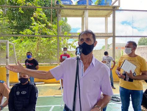 Prefeito em exercício Maranguape participa da entrega de cestas básicas em Tarauacá